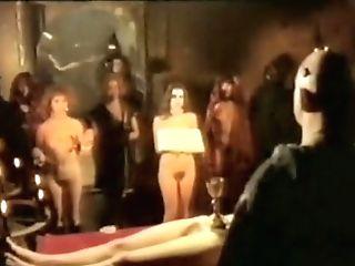 Emanuelle E Le Porno Notti Aka Emanuelle And The Erotic Nights