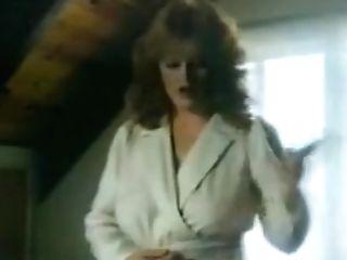 Lisa Deleeuw Vs Honey Wilder - Night Magic (1985) .