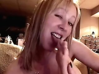 Mercedes Sucking And Slurping Her Toes Up Close [antique]