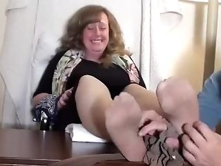 Bbw Motel Manager Kittled In Nylons
